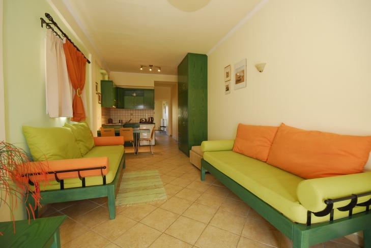 Lounge4