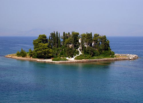 Corfu_Town_Travel_blog_europe_greece