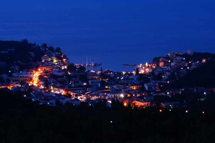kassiopi at night